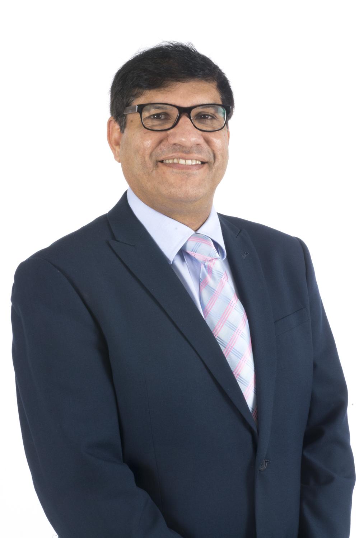 Dr Muhammad Akhtar